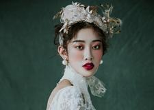 最新影楼资讯新闻-复古流韵 时尚巴洛克新娘造型欣赏