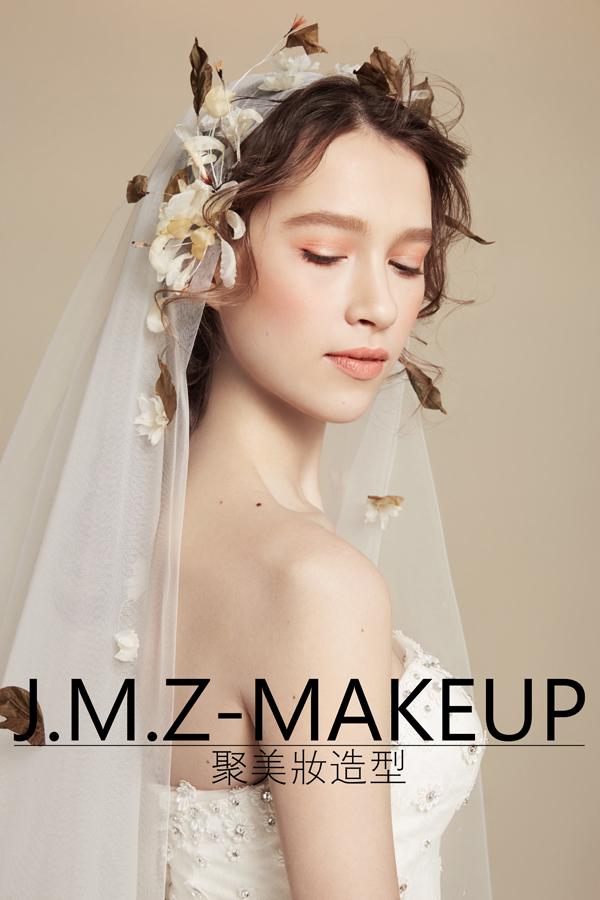 新娘白纱裙造型图片_白纱新娘造型 浪漫又不失甜美_妆面赏析_影楼化妆_黑光网