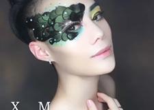 最新影楼资讯新闻-经典的羽毛半面具妆容