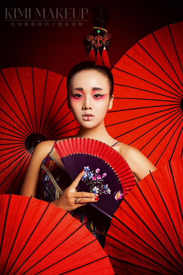黑光人才网_中国风时尚创意造型_妆面赏析_影楼化妆_黑光网