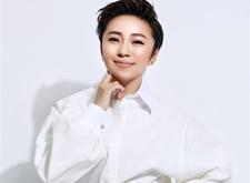 最新影楼资讯新闻-化妆造型家岳晓琳:坚持原创 一步一个脚印