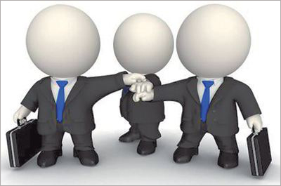 为什么老板不情愿给职业经理人8千块?