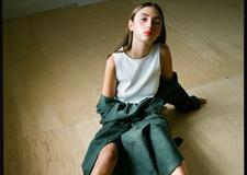 最新影楼乐虎娱乐平台新闻-创意妆容下的精致面庞 青春时尚主题摄影作品