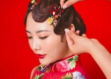 九步教你快速学会手推波发型 给新娘不一样美的体验