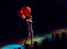 """最新影楼资讯新闻-岳晓琳和她的""""现场零观众""""秀场实验"""