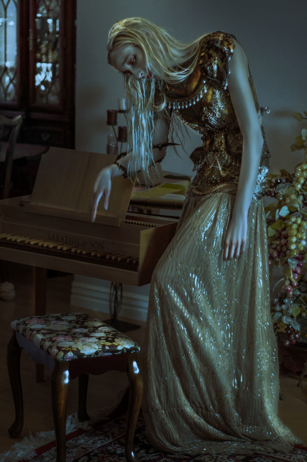 lillian 混搭的梦境与现实 LillianLiu镜头下冷艳女王般的魔法肖像