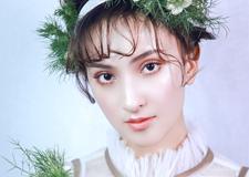最新影楼资讯新闻-森美的头饰 打造出宛若娃娃般的甜美新娘