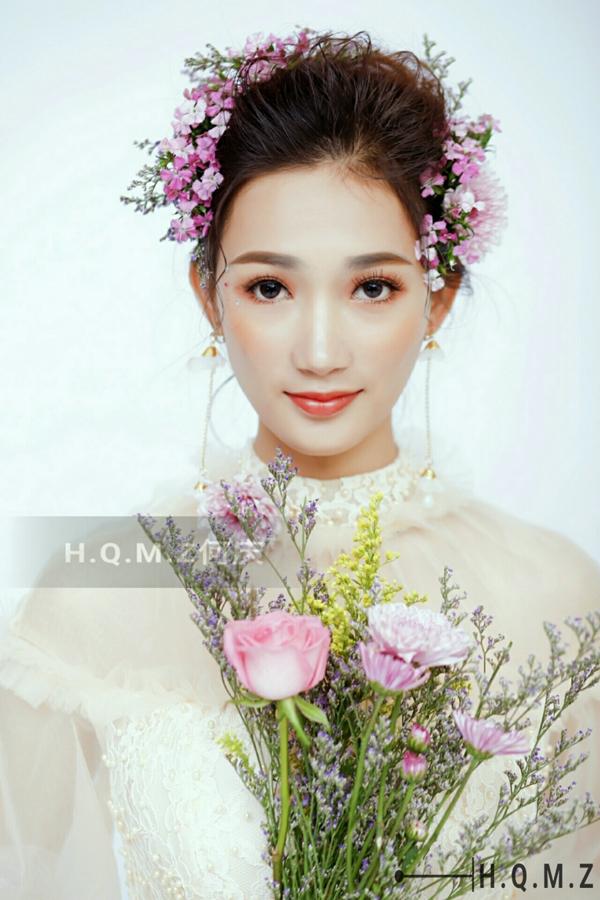 韩式新娘发型图片 韩式鲜花新娘造型欣赏