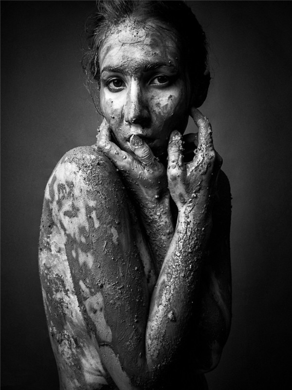 对话人像摄影师ClouinKim:摄影是天马行空的遐想