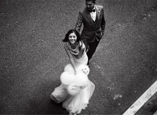 最新影楼资讯新闻-外景摄影:不在婚礼现场?#37096;?#20197;拍纪实婚礼