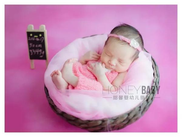 为什么说新生儿摄影的*佳拍摄时间是5-12天?