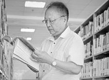 最新影楼资讯新闻-一代摄影大师陈富平:四十年摄影路与书相伴