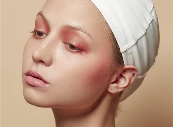 最新影楼资讯新闻-化繁为简,精致干净眼妆作品