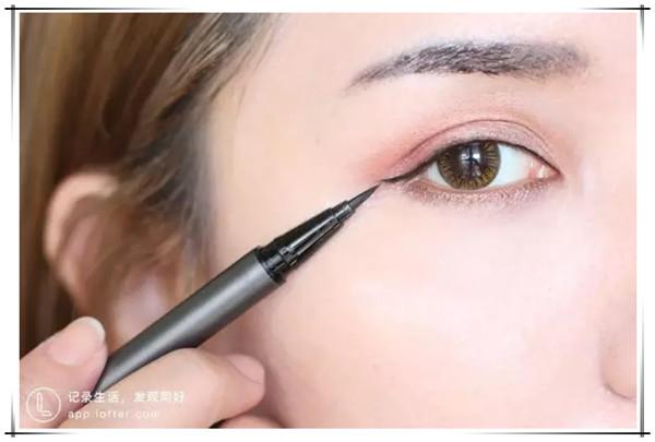 化妆教程:打造森系暖阳妆