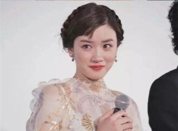 """最新影楼资讯新闻-""""哭泣亲吻妆""""?梨花带雨式的美诠释了真·仙女式哭泣!"""