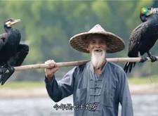 最新影楼资讯新闻-从赚钱到爱好,79岁的他依然做着摄影人嘲笑的摆拍模特