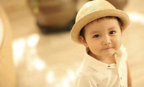 儿童摄影价格走低 同时确保产品质量和服务