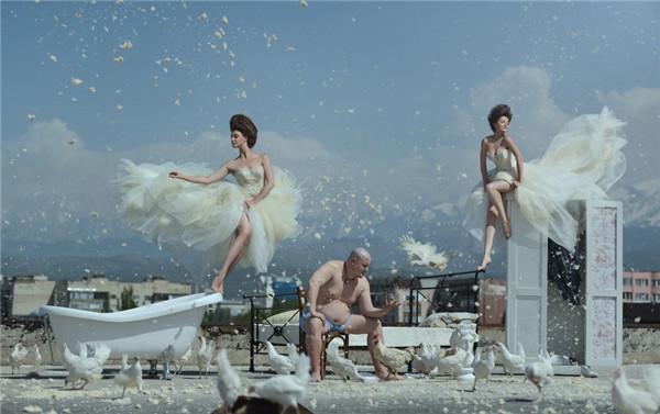极具创意的人像摄影 失重下的视觉冲击
