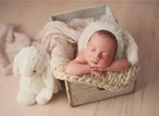 最新影楼资讯新闻-你需要掌握的新生儿摄影色彩搭配与画面质感的几要素