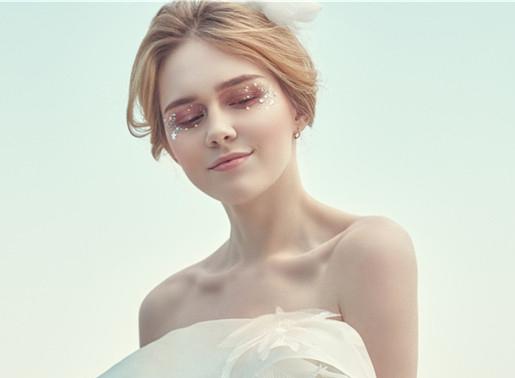 最新影楼资讯新闻-公主风。女王风,白纱妆容你更中意那个呢?