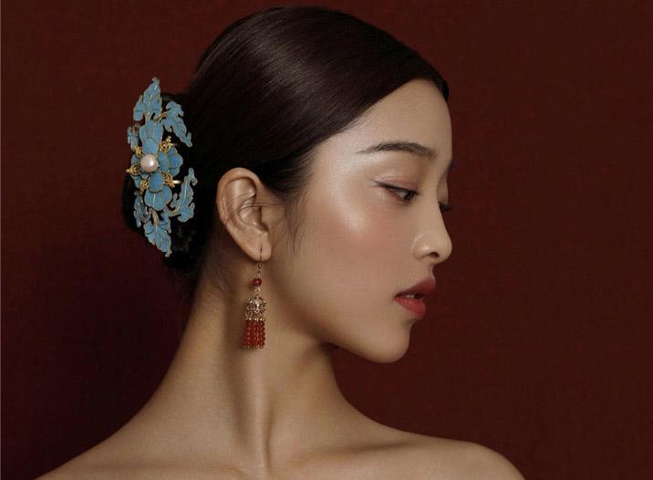 最新影楼资讯新闻-中式新娘新款发型妆容欣赏