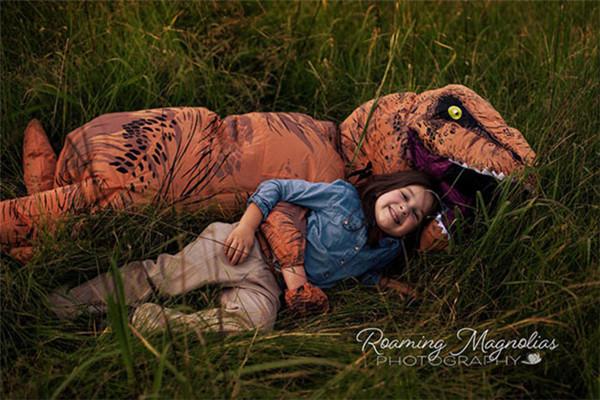 来自一位摄影师妈妈的拍摄:你总会遇到恐龙的!