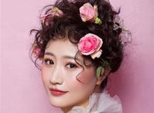最新影楼资讯新闻-俏丽的鲜花新娘造型 你惊艳了时光