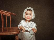 最新影楼资讯新闻-油画风格的儿童摄影作品点评