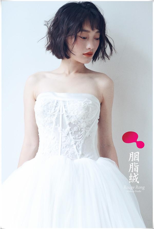 婚纱照短发造型 短发俏皮系列的轻婚纱风格造型