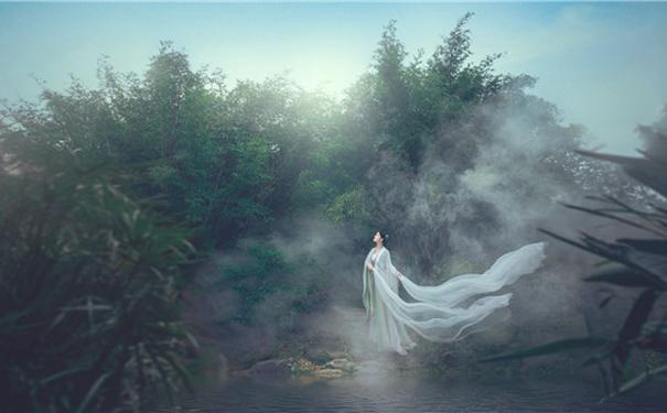 人像古风修图赏析:烟雨朦胧之美
