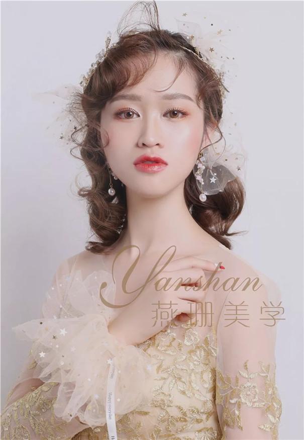 抽丝减龄的新娘造型,灵动而绝美!