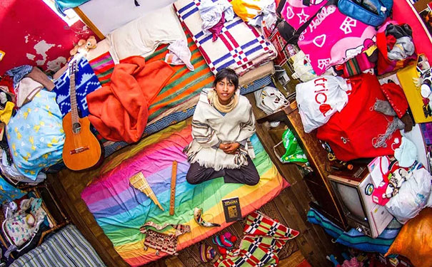 6年走遍55个国家,他拍下了这些别样床照