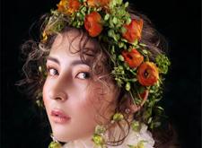 最新影楼资讯新闻-宫廷油画风新娘造型:温柔优雅如公主般迷人
