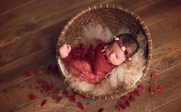 影楼内景拍摄小baby,自然光的要点抓住啦!