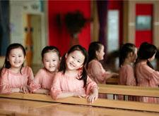 最新影楼资讯新闻-阿咿吖呀工作室的幼儿园毕业摄影