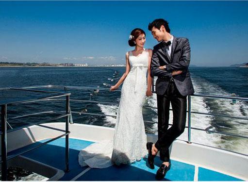 最新影楼资讯新闻-《中国式爱情》:婚纱照里写着中国人的爱与梦