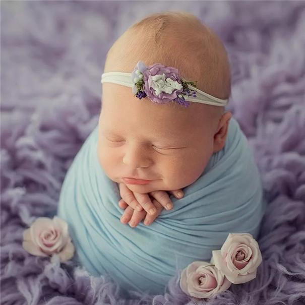 一组俄罗斯摄影师Ирина Вапняр的新生儿摄影作品