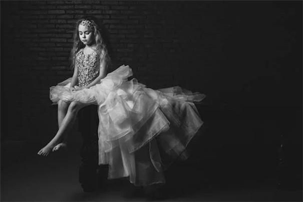人像摄影十杰刘冰霏:黑白是一种极简主义