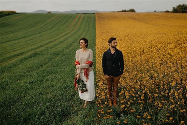 富含魅力创意的户外婚纱照欣赏