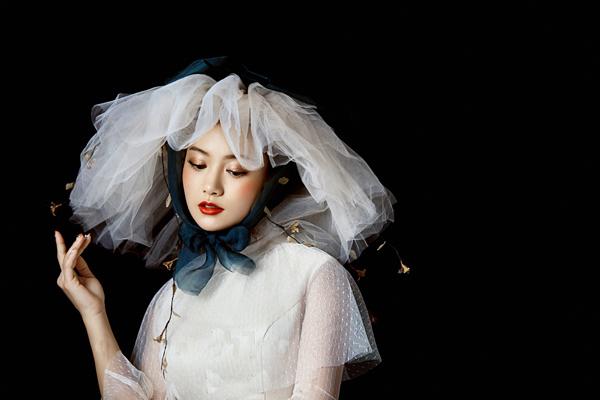 轻奢复古的仙美新娘造型