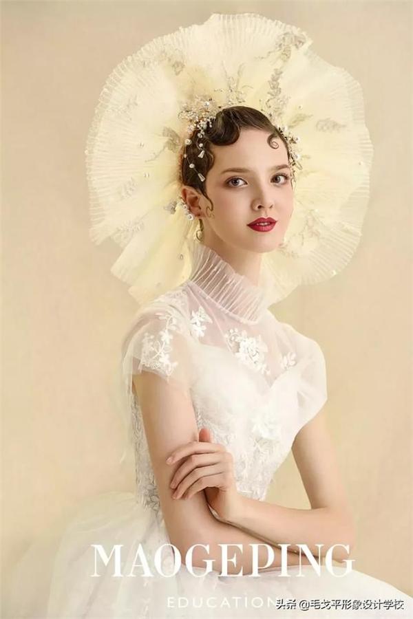 冷艳轻复古新娘造型,归纳极致优雅