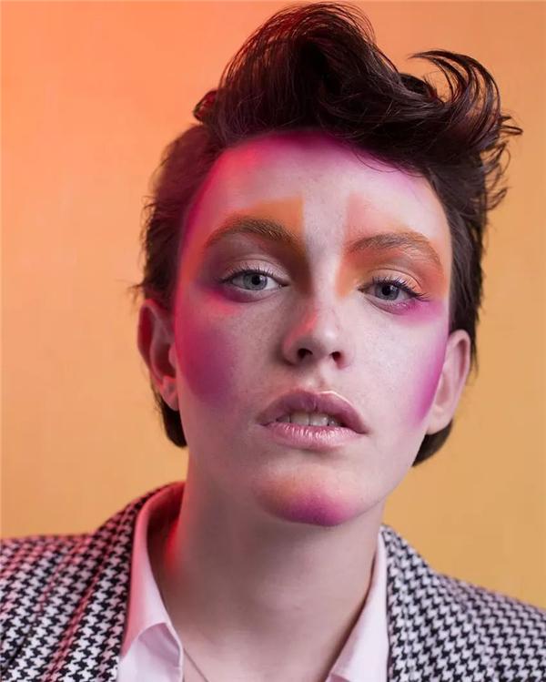 Dana·Kfir造型作品 大胆鲜艳的色彩碰撞