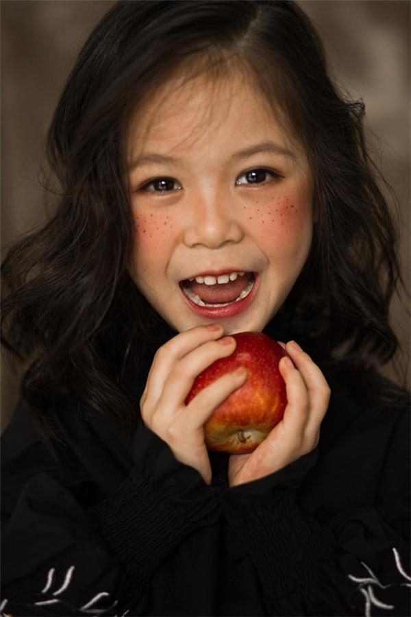 """童""""颜""""无忌:儿童摄影妆容的四种风格"""