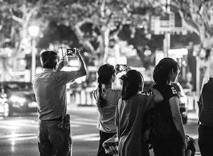 最新影楼资讯新闻-我们拍照,究竟是为谁而拍?