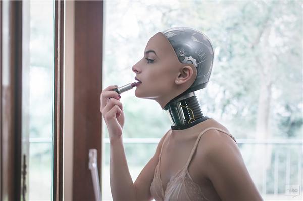 如果我们变成机器人 大胆的视觉创意后期