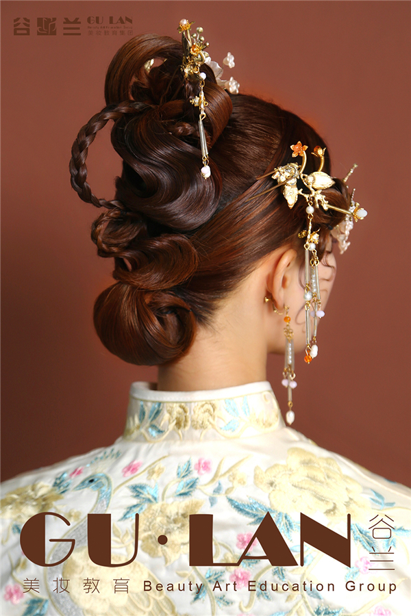 金玉花枝 新中式风格整体造型