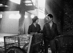 最新影楼资讯新闻-赵有强:黑白照片记录洞庭西的30年