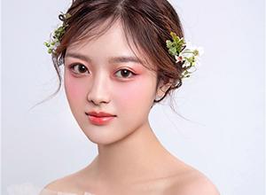 最新影楼乐虎娱乐平台新闻-户外婚礼新娘造型 春天的感觉
