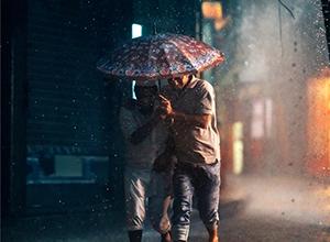 最新影楼资讯新闻-深邃的初夜雨后 迷人虚化的街头肖像