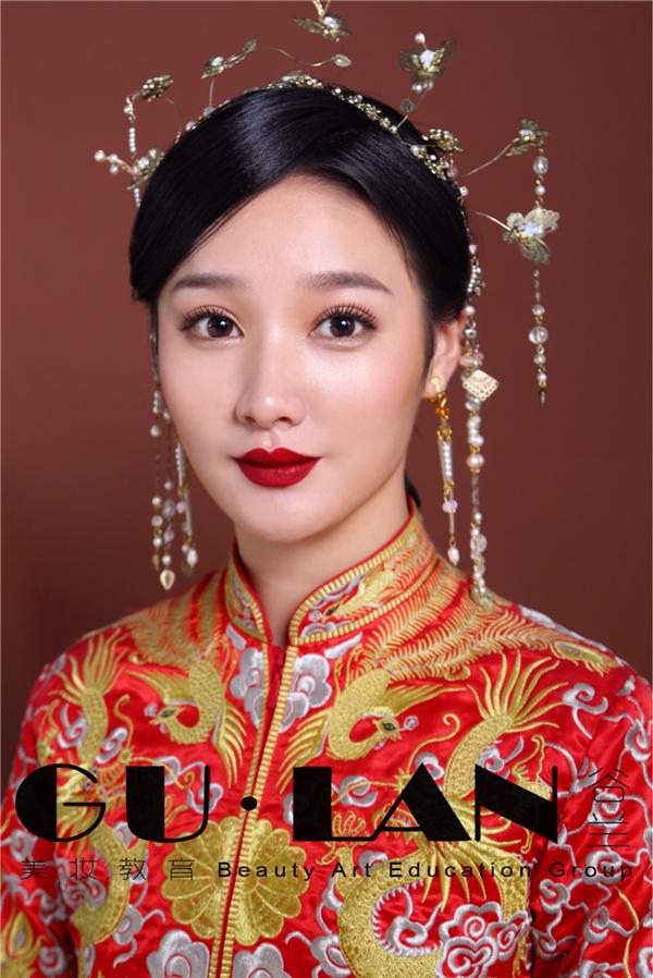 中式裙褂新娘造型